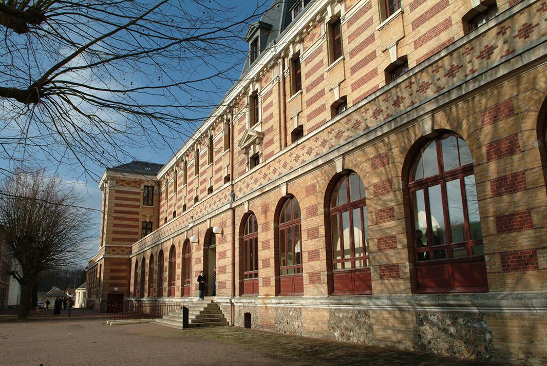 Bâtiment B, campus Évreux - Copyright F. Grimaud