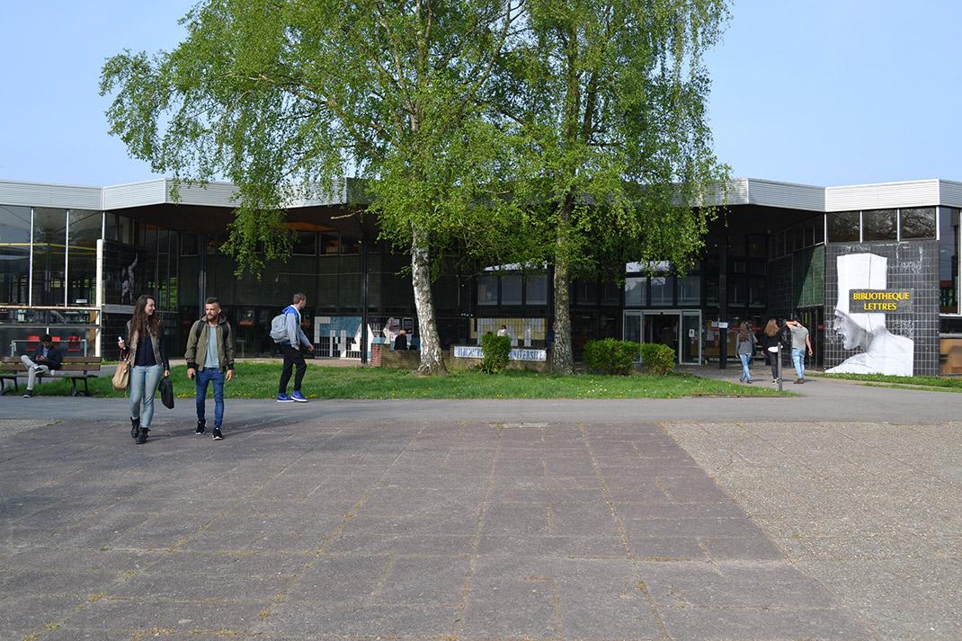 Bibliothèque Lettres Université de Rouen